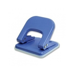 Office Paper Punch, For Punching, Capacity: 5 Papers