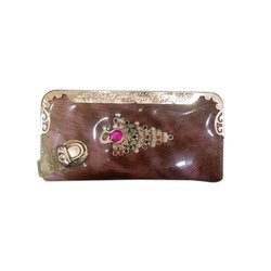 Casual Embroidered Ladies Designer Clutch Bag, Packaging Type: Packet