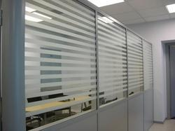 PVC Plain Designer Stripes Glass Film, Packaging Type: Roll
