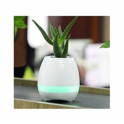 White Flower Pot Bluetooth Speaker, Size: 12 cm x 10 cm, 12 Hours Battery