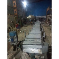 Crate Transfer Conveyor