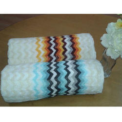 Horizontal Zig Zag Cotton Towel, For Bathroom, Weight: 350-500 Gsm