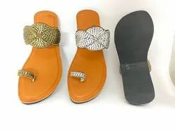 Women Embroidered Kolhapuri Chappal