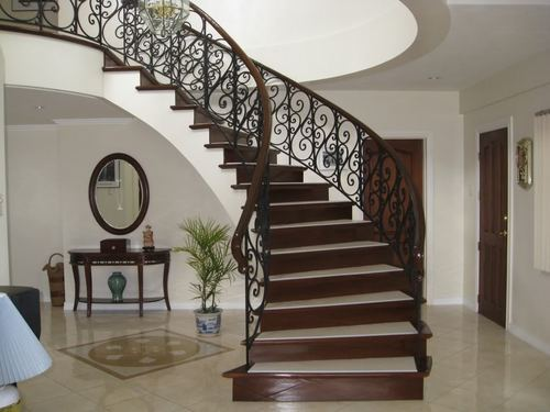 Bar And Panel Stainless Steel And UPVC Round Design Stair ...