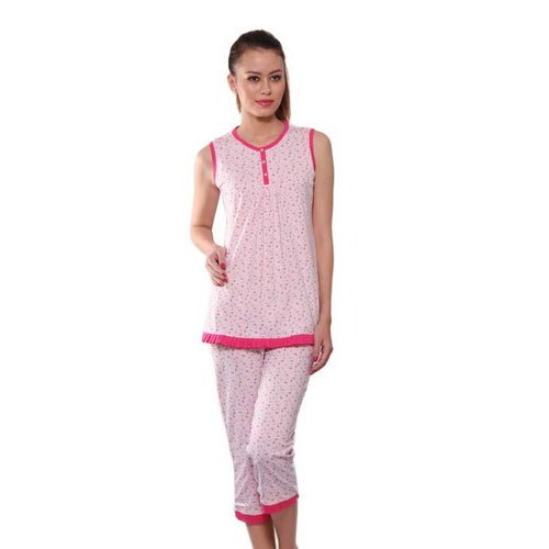 f75526bc3 Ladies Pink Cotton Printed Night Suit