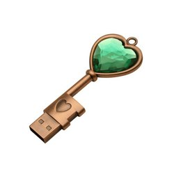 MAX-Z05 Crystal HeartKeychain Waterproof Wedding Gifts Pen Drive