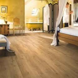 Wood Quickstep Classic Oak Natural Laminate Flooring, 8 mm