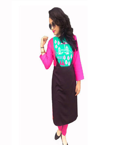 Rayon 3/4th Sleeve Embroidered Kurti, Size: M-XXL