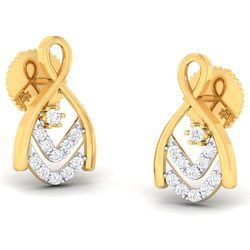 Well Designed Diamond Gold Earring