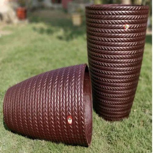 Imported Fancy Plastic Pot