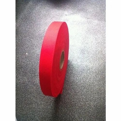 Red Non Woven Fabric Roll