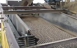 Construction Industry Vibrating Screens