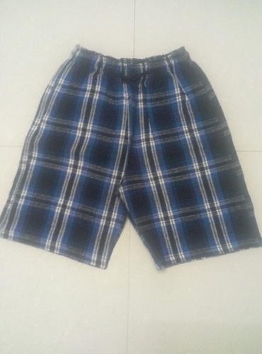 3/4th Length Casual Checked Shorts