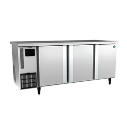525L Hoshizaki 3 Door Under Counter Chiller, Number of Shelves: 6