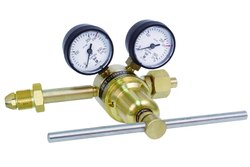 Single Stage Two Gauge Cylinder Regulators