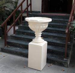Classic Planter (with Pedestal)