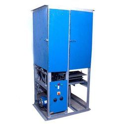 Semi Automatic Single Die Dona Making Machine