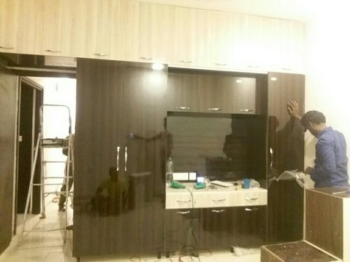 Brown Commercial Plywood Master Bedroom Wardrobe With Tv Unit Rs