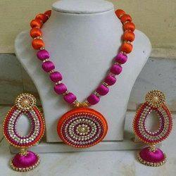 [Image: handmade-jewellery-set-250x250.jpg]