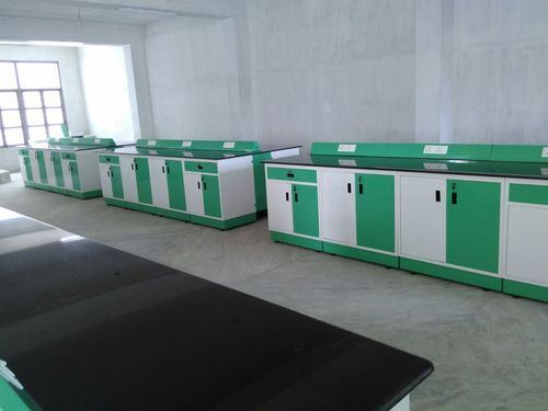 Laboratory Benches - lab Table Manufacturer from Chennai