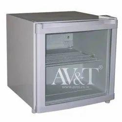 AV&T Mini Refrigerator