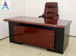 Italia Office Tables