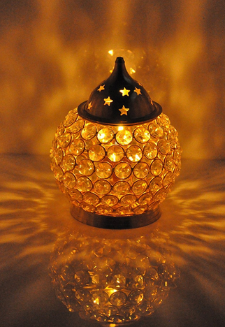 Brass crystal oil lamp