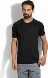 Men Black Plain Round Neck T-Shirt