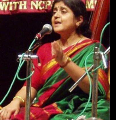 Smt  Vrinda Mundkur, Mumbai - School / College / Coaching