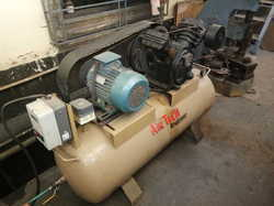 0-50 HP Used Air Compressor, Maximum Flow Rate: 0-100 CFM