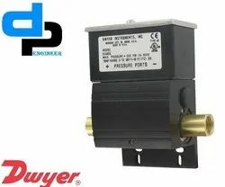 Series DX Wet Differential Pressure Switch