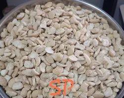 Platinum Nuts Natural Broken Cashew Kernel - SP, Packaging Size: 10 kg