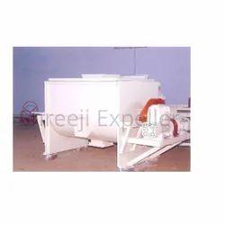 Shreeji Vacuum Type Destoner, Capacity: 1 Ton To 12 Ton