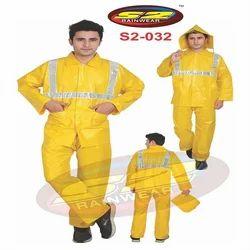 S2-032 Plastic Rain Suit