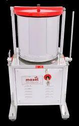 Maxel 7 Lt Commercial Tilting Wet Grinder, Model Number: LEP157
