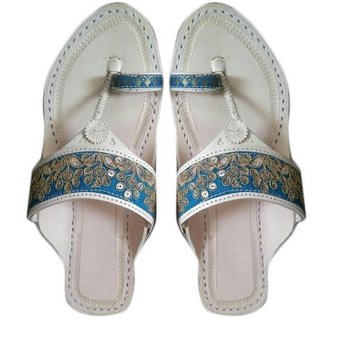 e404207db609 Leather Designers Kolhapuri Chappal For Women, Size: 4-11, Rs 650 ...