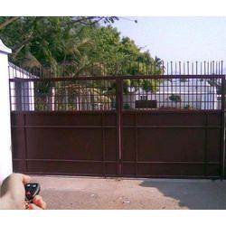Bungalows Remote Control Gate