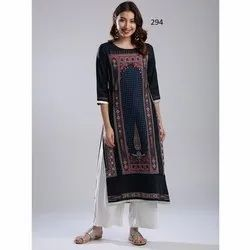 Digital Printed 3/4 Sleeve Crepe Kurti