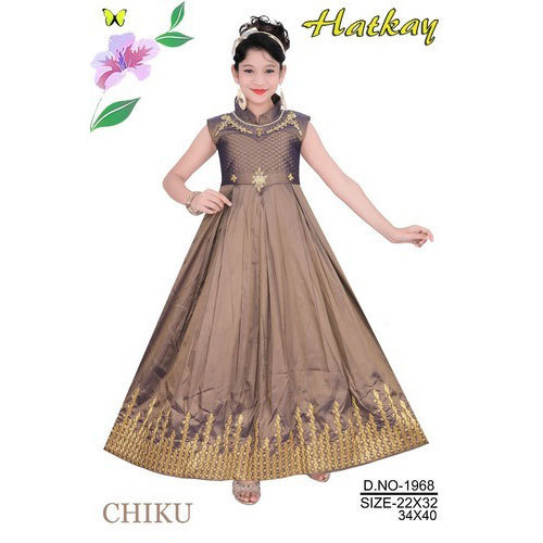 Party New Latest Design Western Gown, Size: 22x32 And 34x40, Rs 500 ...