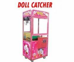 Doll catcher game machine