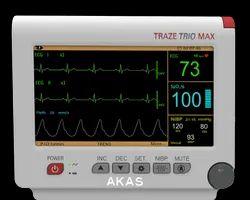 Akas Traze Trio Max Monitors