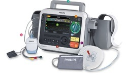 Efficia DFM100 Defibrillator/ Monitor