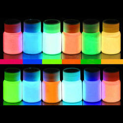 Luminescent Glow Color Powder, Packaging Size: 1 kg, for Industrial