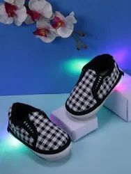 Cloth Daily wear Kids Light Shoes, Article: 5001, Size: 5678