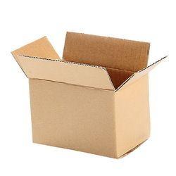 棕色瓦楞纸板箱