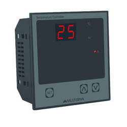 UTC-413 PID Temperature Controllers
