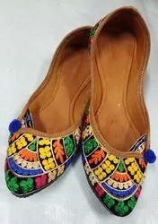 Women Colorful Punjabi Jutti