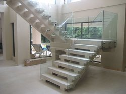 Glass Railing Without Mid Rail Holder