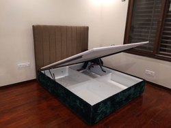 Upholstered Bed Hydraulic Storage