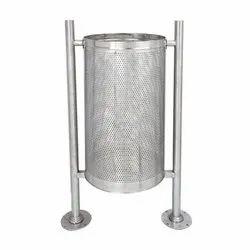 Pole Hanging Dustbin